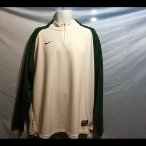 Nike Team Sports pull over
